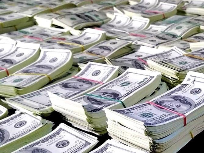 rekordot dÖntÖttek: hamis százdollárosok több mint fél milliárd forint értékben REKORDOT DÖNTÖTTEK: Hamis százdollárosok több mint fél milliárd forint értékben dollarok