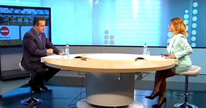VESZÉLYEZTETETT POLITIKUSOK: Egy szerb diplomata megbetegedett, egy szerb miniszter pedig házi karanténban van VESZÉLYEZTETETT POLITIKUSOK: Egy szerb diplomata megbetegedett, egy szerb miniszter pedig házi karanténban van ivica dacic rts