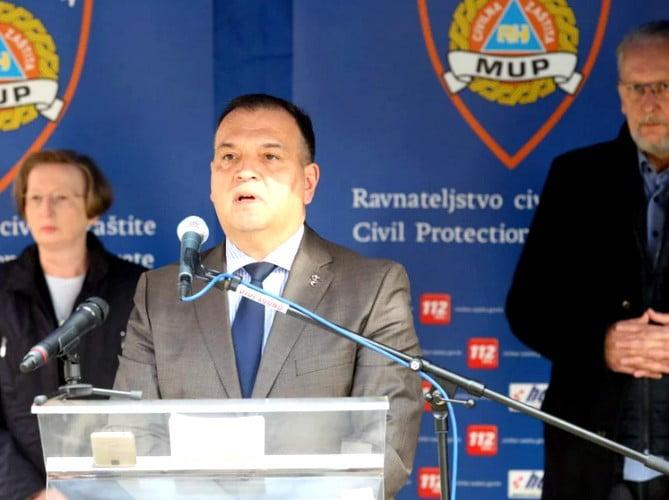 A KORONAVÍRUS BELEHÚZOTT: Horvátországban hirtelen megugrott a megbetegedések száma A KORONAVÍRUS BELEHÚZOTT: Horvátországban hirtelen megugrott a megbetegedések száma presica civilna zastita