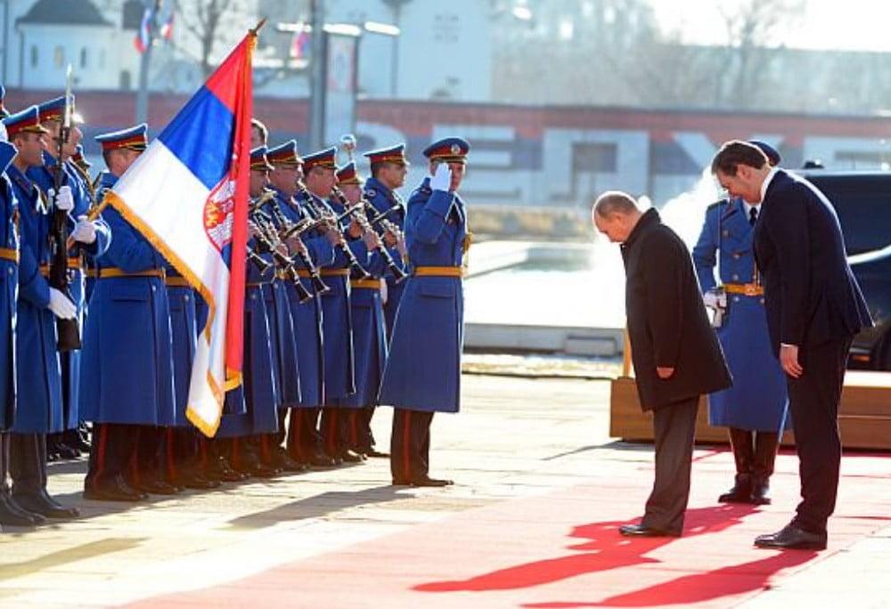 MÉDIAHÁBORÚ, AVAGY A POLITIKAI LUFIGYÁRTÁS: Az orosz nagykövet cáfol egy belgrádi lapot, de ki helyettesíti Putyint? MÉDIAHÁBORÚ, AVAGY A POLITIKAI LUFIGYÁRTÁS: Az orosz nagykövet cáfol egy belgrádi lapot, de ki helyettesíti Putyint? putin vucic