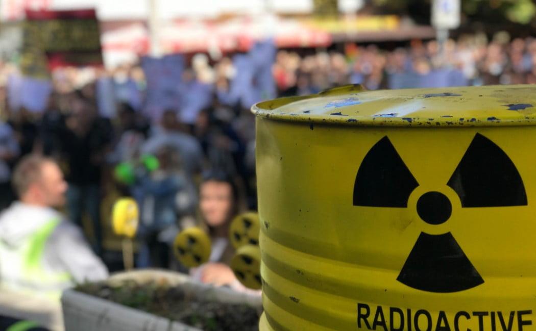 SUGÁRVESZÉLY: A boszniaiak perelni akarják Horvátországot a bosnyák határ mellé tervezett radioaktív-hulladéklerakó miatt SUGÁRVESZÉLY: A boszniaiak perelni akarják Horvátországot a bosnyák határ mellé tervezett radioaktív-hulladéklerakó miatt radio sugarzo