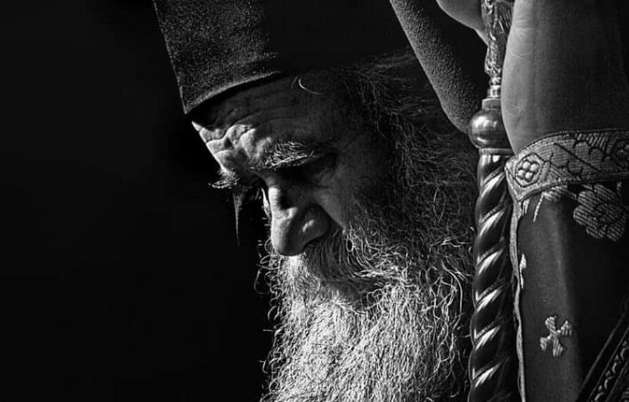 """ELVITTE A KORONA: Belehalt a fertőzés szövődményeibe a montenegrói szerb ortodox egyház feje, a """"világegyetem gyászol"""" ELVITTE A KORONA: Belehalt a fertőzés szövődményeibe a montenegrói szerb ortodox egyház feje, a """"világegyetem gyászol"""" radovic"""