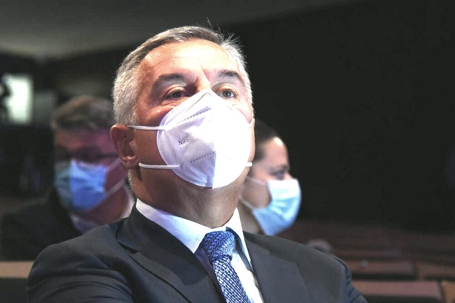 GYANÚS: A montenegrói elnöknek tüdőgyulladása van