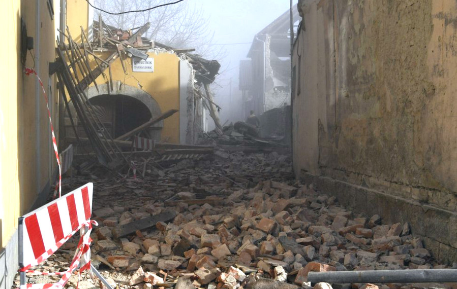 SZERDÁN IS RENG: Három újabb földrengés rázta meg Horvátországot