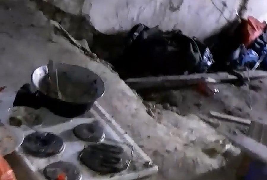 ŐRJÁRAT: Ígéretekkel és migránsokkal tele van a padlás (3 videó)