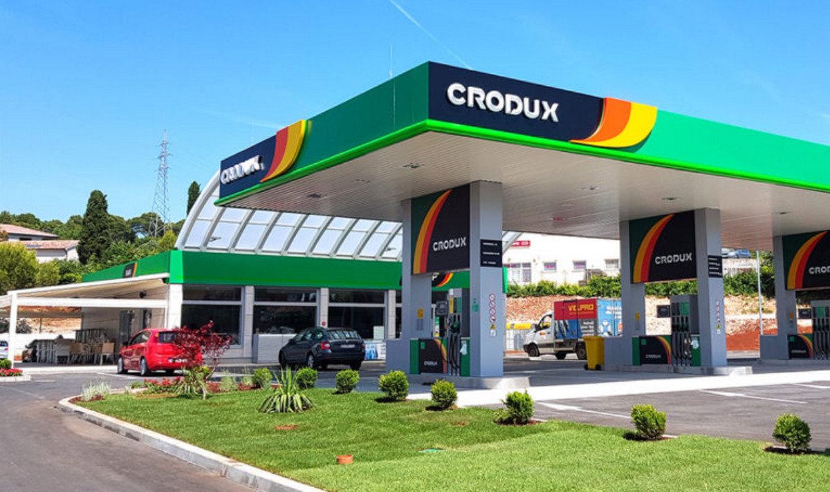 A TÁBORNOK (K)ÚTJAI: Ismét eladta benzinkútjait az olajmágnás horvát tábornok