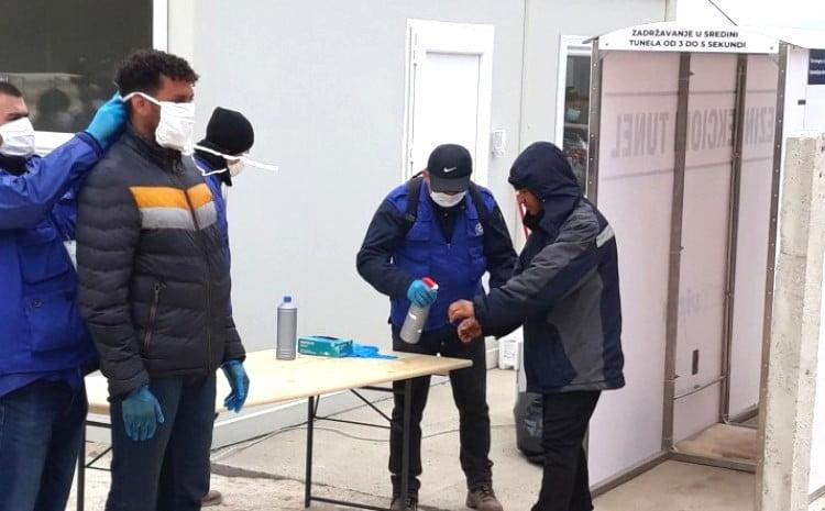 VÍRUSOS TÁBOROK: Legalább 50 migráns vírustesztje lett pozitív borici