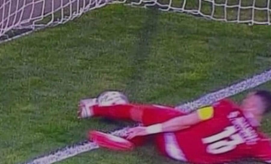 GÓLVONAL: A bíró mentette meg a szerb válogatottat, Ronaldo dühében lement a pályáról gol mitrovic