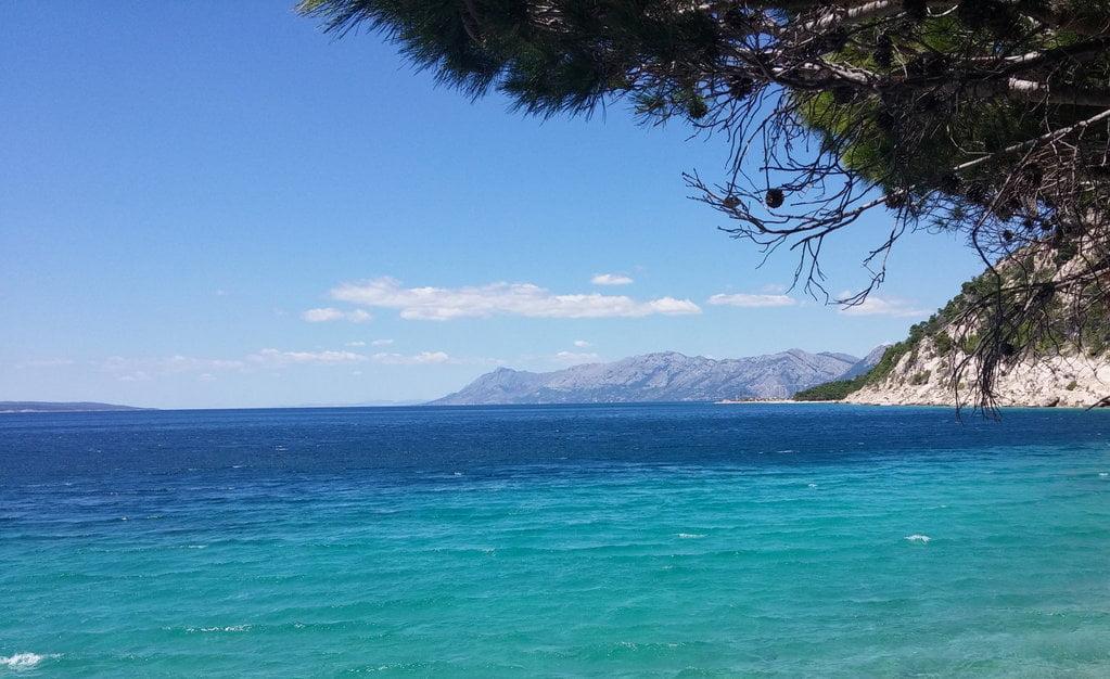 horvát HOMO TURISTICUS: Akit beoltanak, mehet nyaralni Horvátországba jadran