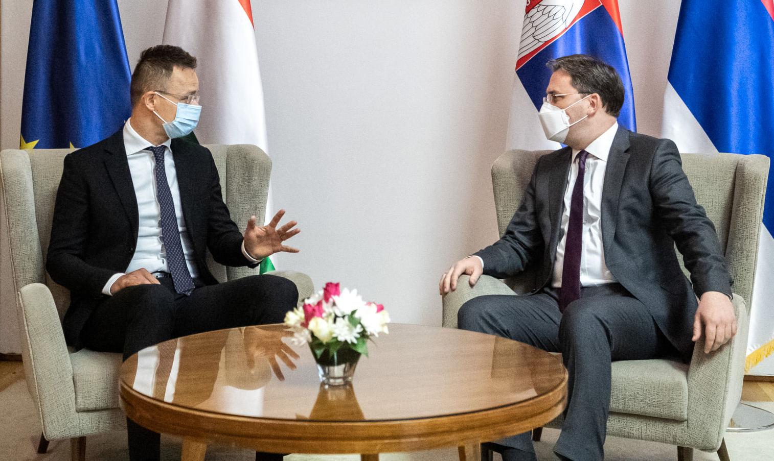 covid SZIJJÁRTÓ: Nem lehet diszkriminatív az esetleges COVID-útlevél, figyeljük az AstraZenecát szijjarto selakovic belgrad