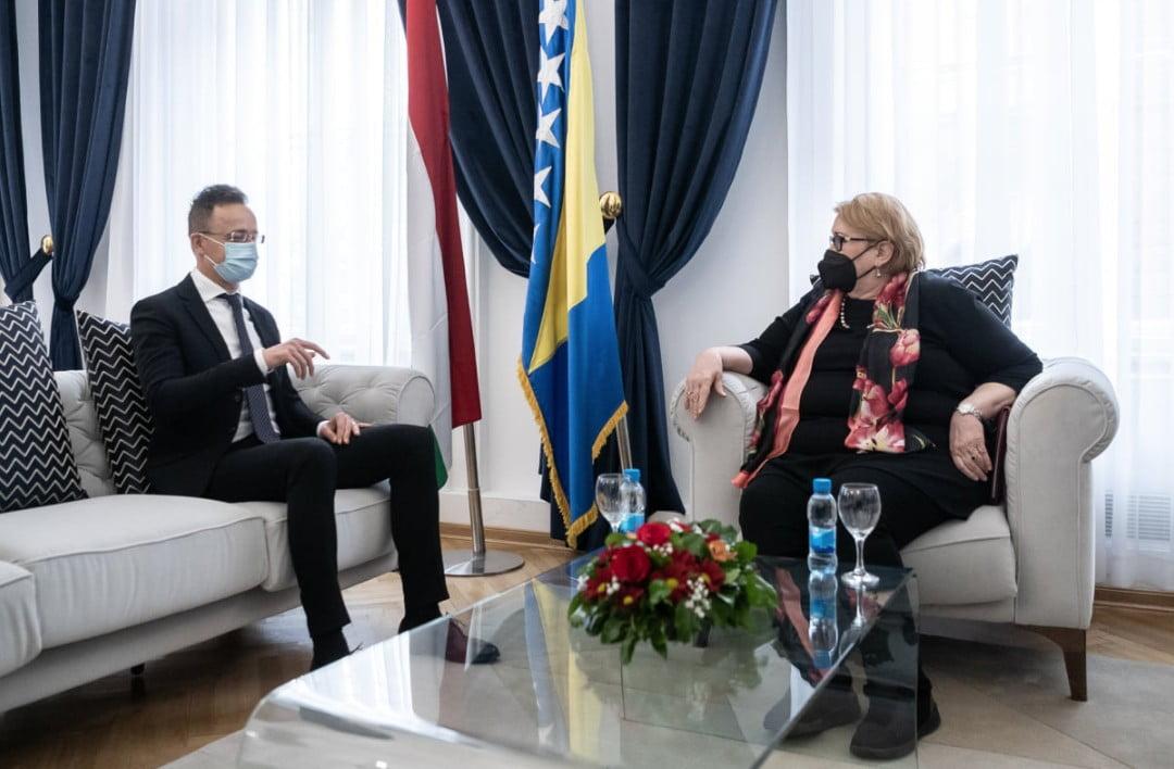 szijjártó SZIJJÁRTÓ: A Nyugat-Balkán kettős nyomás alatt áll, de Magyarország segít szijjarto turkovic