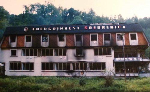 bosznia BOSZNIA FELOSZTÁSA: Mintha Moszkva kottájából játszanának srebrenica szetlott 500x308  ELSŐ: Megkezdték a migránsok oltását Szerbiában srebrenica szetlott 500x308