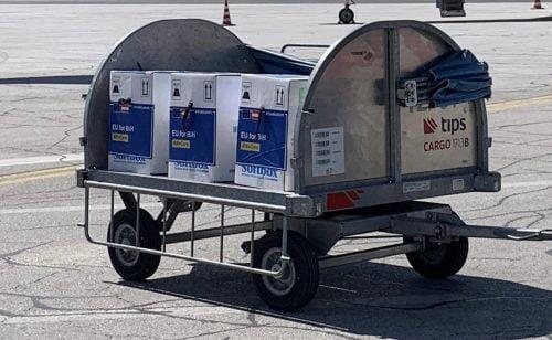 várhelyi SZOMSZÉDSÁGI POLITIKA: Várhelyi Vučićtyal pezsgőzött, avagy kevés és megkésett a Balkánnak nyújtott uniós támogatás E0iFucKXsAAna 6 500x308