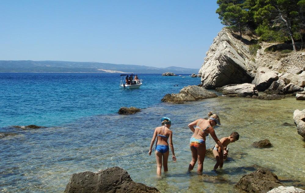 horvát DILEMMA: Hogyan utazhatnak a 7 és 18 év közötti gyerekek Horvátországba? horvat gyerekek