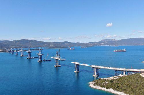 kína HAZAVÁGNÁK A KÍNAIAKAT: Az EU kiszorítaná Kínát az uniós tenderekből, az egyik apropó a pelješaci híd peljesac aprilis 500x333 Magyarország megállapodást írt alá Szerbiával a gázvezeték-építési együttműködésről Magyarország megállapodást írt alá Szerbiával a gázvezeték-építési együttműködésről peljesac aprilis 500x333