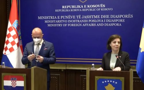 HISZTÉRIA ÉS MINDEN EGYÉB: Kezd elmérgesedni a viszony a szerbek és a horvátok között, miközben folyik az emberek hülyítése radman donika 500x313 millió MILLIÓ EMBER: Ennyit oltottak be Szerbiában, mégis sok a beteg radman donika 500x313