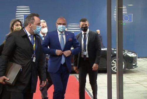horvát NEM BELÜGY?! Amikor a non-paperből paper lesz, avagy Horvátország miként érte el a bosznia-hercegovinai választási törvény módosítását radman erkezes 500x339 albán IRÁNYÍTÁS: Helyreállt a forgalom a tiranai repülőtéren, a törökök besegítenek radman erkezes 500x339