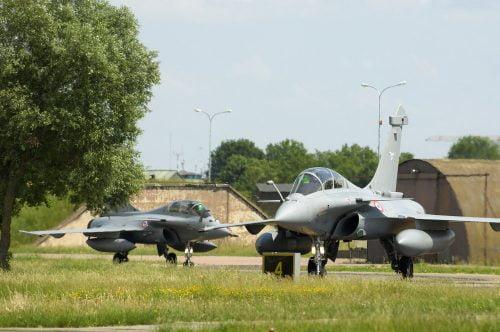 JÖNNEK A FRANCIÁK: Hivatalosan is megerősítették a francia Rafale beszerzését francia JÖNNEK A FRANCIÁK: Hivatalosan is megerősítették a francia Rafale beszerzését rafale horvat dontes gepek 2 500x332