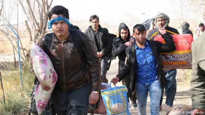 török MIGRÁCIÓ ÉS TÖRÖKORSZÁG: Tranzit- vagy kibocsátó állam, avagy ki lehet menekült Törökországban? E3Wk8sOXIAMNp X