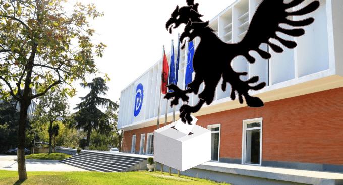 KUDARCOK KOVÁCSA: Nem tudott megújulni az Albán Demokrata Párt, borítékolt a következő vereség? tÖmeges oltÁs: szerbiában naponta mintegy ötvenezer embert oltanak be, hétvégén sincs megállás TÖMEGES OLTÁS: Szerbiában naponta mintegy ötvenezer embert oltanak be, hétvégén sincs megállás eNyJu2Zj removebg preview