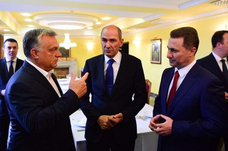AMERIKA BÜNTET 2.0: Egy szlovén lap szerint Orbán is érintett lehet lÉgiposta: görögország francia vadászgépek vásárlásával üzen törökországnak LÉGIPOSTA: Görögország francia vadászgépek vásárlásával üzen Törökországnak orban jansa gruevski