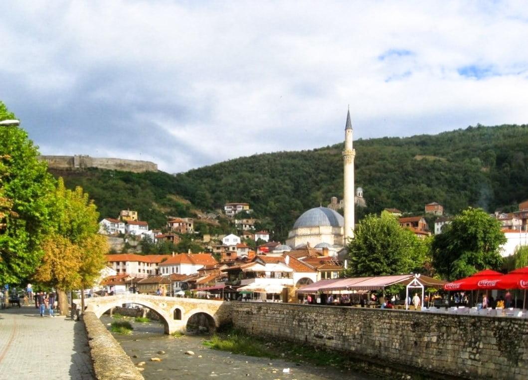IDENTITÁSPOLITIKA: Törökország baráti ölelése lehet-e az Európai Unió alternatívája Koszovó számára? tÖmeges oltÁs: szerbiában naponta mintegy ötvenezer embert oltanak be, hétvégén sincs megállás TÖMEGES OLTÁS: Szerbiában naponta mintegy ötvenezer embert oltanak be, hétvégén sincs megállás prizren