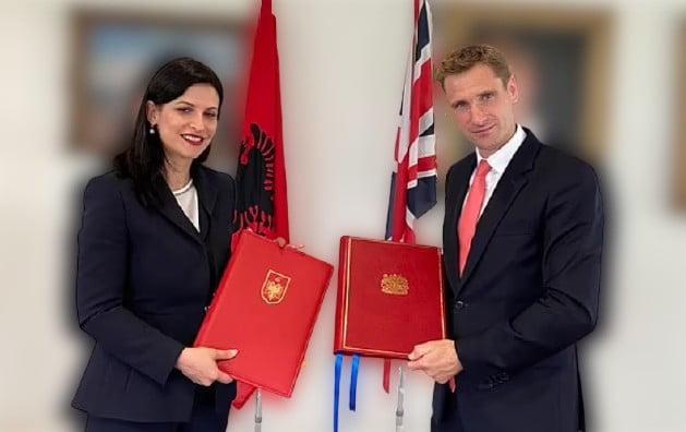 albán EZENTÚL OTTHON ÜLNEK: Hazaviszik a brit börtönökben raboskodó albánokat, és vice versa brit alban removebg preview 1