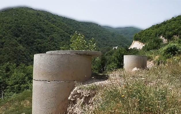 koszovó KOSZOVÓI VÍZBÁZIS: Ki mérgezte meg az ivóvizet, avagy eggyel több ok, amiért gyűlölhetik egymást vizbazis