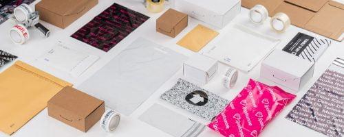 DOBOZOLNAK: A postás csomagot hozott, avagy a villámgyors növekedés titka e-commerce DOBOZOLNAK: Csomagot hozott a posta, avagy a villámgyors növekedés titka How to choose eCommerce packaging Modepack 500x200