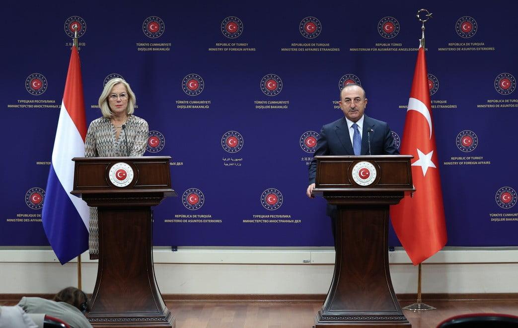 gÜlen MÉG MINDIG TISZTOGATNAK: Erdoğan harca a gülenistákkal a Balkánon (és Magyarországon) cabvavos